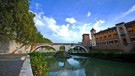 2 Hours Walking Small Group Tour to Trastevere-Trends and Tradition
