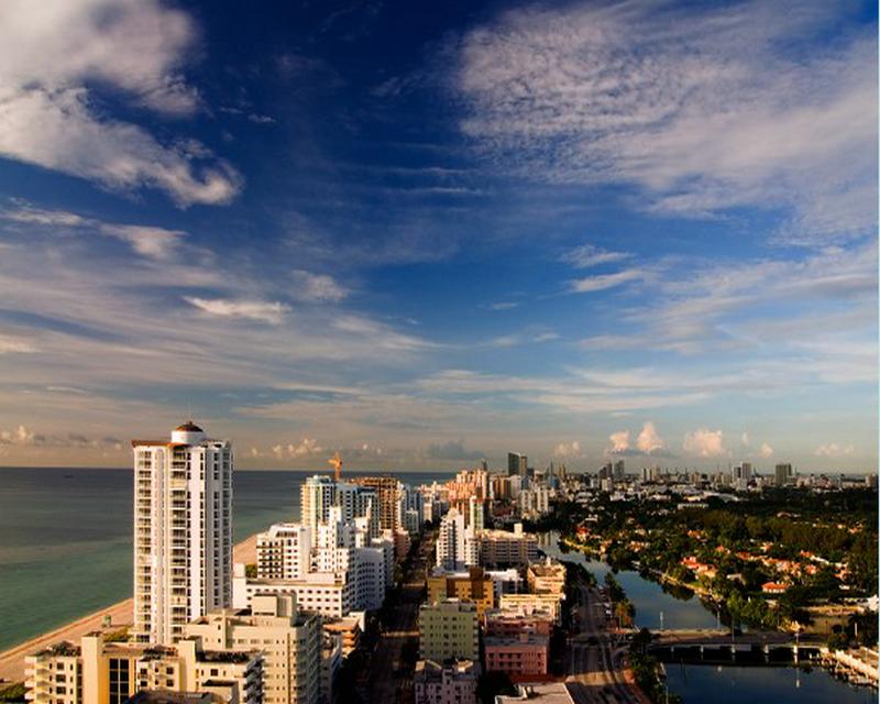五日豪情迈阿密欢乐之旅(市区游,西礁岛,沼泽公园,西棕榈滩,苏格拉斯品牌折扣城)(迈阿密接机,迈阿密/罗德岱堡送机)