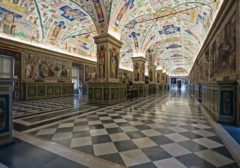 Skip the Line: Vatican Museums, Sistine Chapel & Raphael's Rooms Half-Day Tour