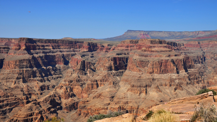 7-Day Bus Tour Package to Grand Canyon South, Hoover Dam, Las Vegas, San Francisco, Yosemite from Los Angeles