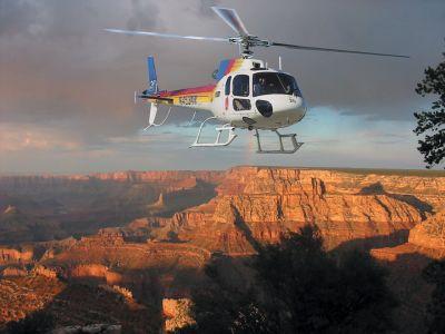 全程纯英文导游服务;从直升飞机上领略大峡谷的壮丽