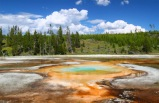 4-Day Yellowstone Bus Tour Package with Jackson Hole & Grand Teton