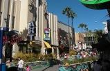 5-Day Bus Tour to Grand Canyon West (Skywalk), Hoover Dam, Universal Studios, Disneyland from Las Vegas